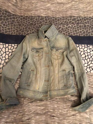 джинсова курточка в Кыргызстан: Фирменная джинсовая курточка. Размер s-m