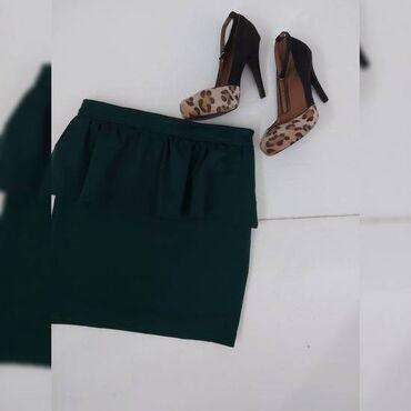 Cipele 39 perfektno stanje i poklon suknjica vel M