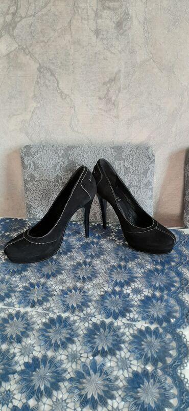 Женские туфли чёрные. Новые. Размер 40