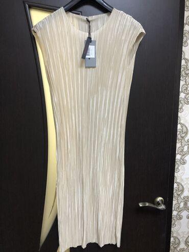 Платье, новое,брала в Италии за 6000 размер s-m, фото и видео могу о