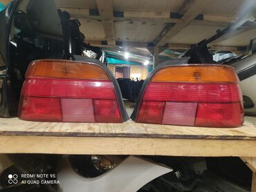 БМВ Е39 дорестайл задние плафоны . Белая поворотка, желтая. Оригинал