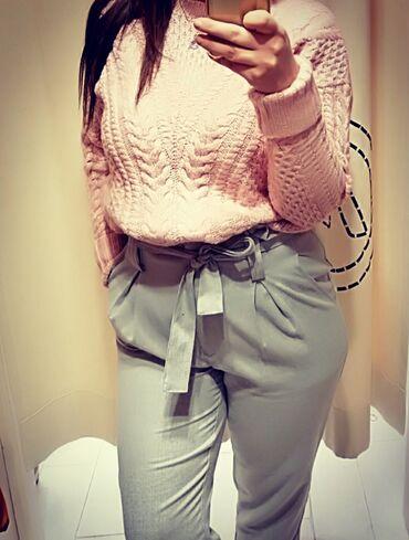 Elegantne pantalone - Srbija: Pantalone su nove samo probane, velicina m moze i l. Debljeg