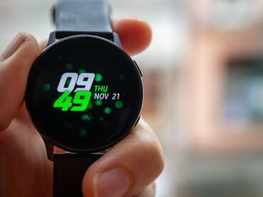 Черные Унисекс Наручные часы Samsung