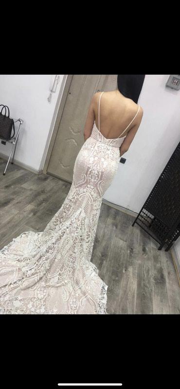 Продаю или на прокат сдаю свадебное платье размер 42 российский, s