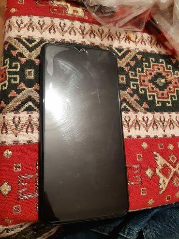 İşlənmiş Samsung B100 32 GB göy
