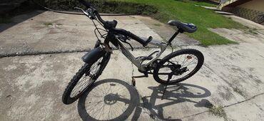Sport i hobi - Sabac: Biciklo u top stanju. Prednji i zadni diska. Prednji i zadnji