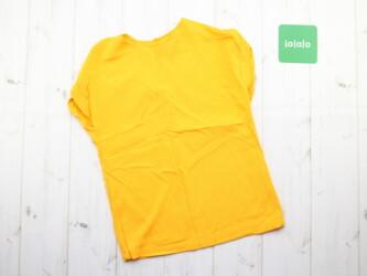 Красивая женская футболка Casual,р. XS Длина: 55 см Пог: 40 см Плечи