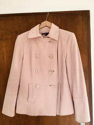Ženski kaputi - Srbija: Prodajem presladak Zara puder roza stofani kaputić, veličina L