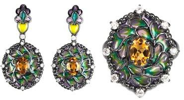 работа ювелиром в Азербайджан: Элегантный комплект. Серьги, кольцо (размер 18).Производство –
