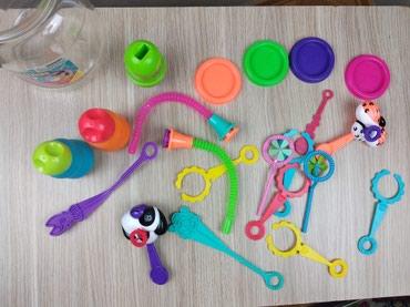 заказать шоу мыльных пузырей в Азербайджан: Набор инструментов для выдувания мыльных пузырей. От 3х лет и старше