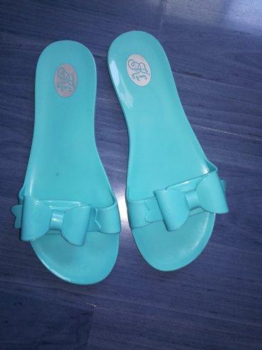 Nove papuče,tirkizne boje sa masnicom mogu se nositi i ovako uz - Pancevo