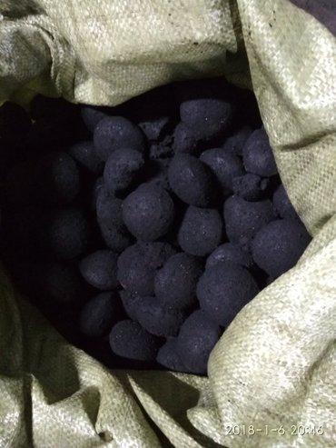 угольные брикеты под йон тан цена 3,5сом штука и угольные орешки цена  в Токмак