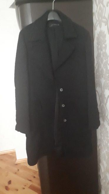 Xırdalan şəhərində Satılır original Zara markasının L ölçülü paltosu.1-2 defe geyinilib.