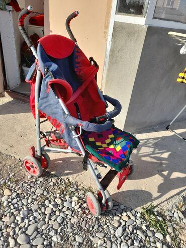 Город Ош. Продам коляску летнюю, сломана пластмасса от капюшона