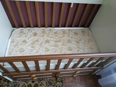 купить качалку детскую в Кыргызстан: Продаю очень надёжную и практичную детскую кроватку- маятник