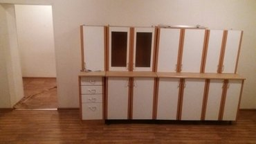 Продаю помещение действующий магазин +подвал 167м2 душанбинка/жаманбае в Бишкек