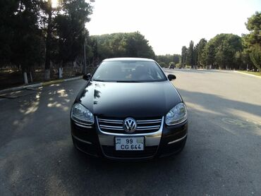 Volkswagen - Azərbaycan: Volkswagen 2.5 l. 2005   303322 km