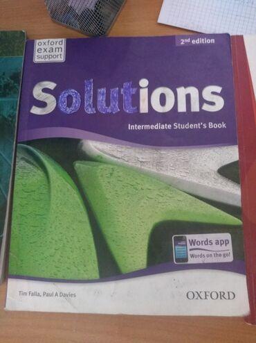 Knjige, časopisi, CD i DVD | Kovilj: Engleski Solutions za 2 razred srednje ekonomske škole,dobro