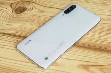 xiaomi-hybrid-pro в Азербайджан: Xiaomi MI A3 More than White, 64GBBarter və ya Kredit yoxdur !Xiaomi