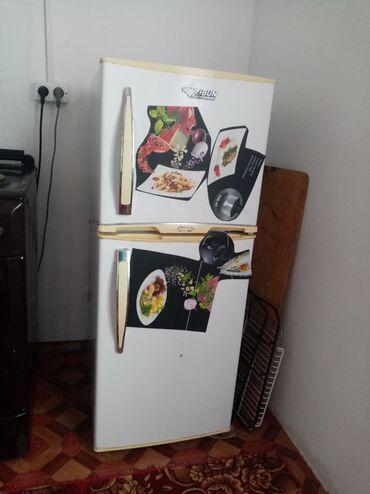 Электроника - Баткен: Продаю холодильник в рабочем состояние двух камерный, ZIBUN