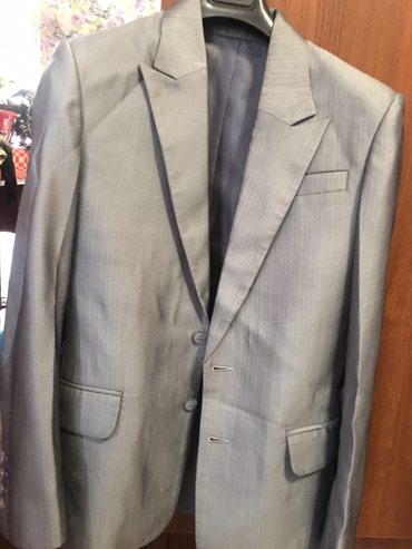 Мужской костюм тройка,размер 44-46 в Бишкек