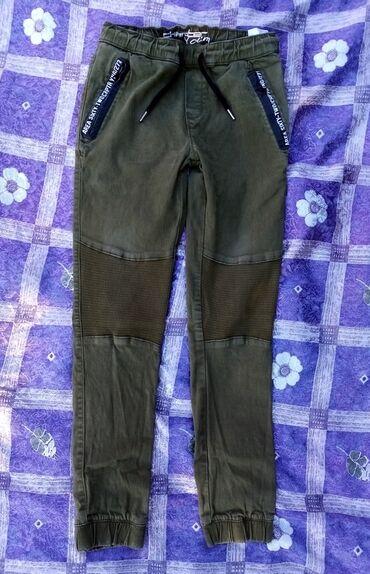 Decija garderoba - Srbija: Takko fashion decije pantalone velicina godinapantalone su bez