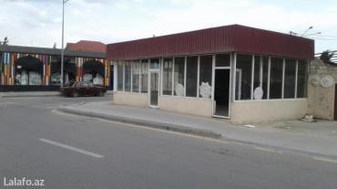 Bakı şəhərində Obyekt binənin mərkəzində 160 saylı marşurutun yolunun