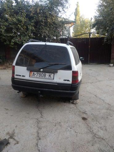 Opel Astra 1992 в Ош