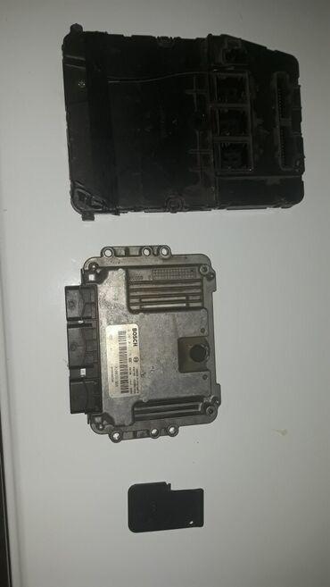 Elektro motori - Srbija: Motorni računar,uch kutija,kartica za Renault Megane 2 1.9dci