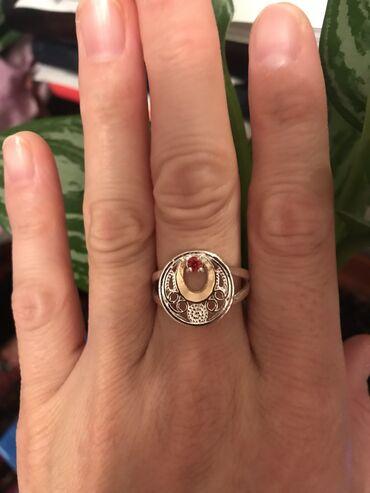 продажа книг в бишкеке в Кыргызстан: Роскошное кольцо С Дубая.Размер 18-19 Причина продажи мне большевато