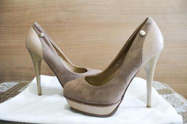 Туфли с каблукамиВысота каблука- 9смЦвет -бежевый Размер