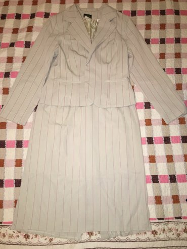 Продаю костюм, размер 52 в Бишкек