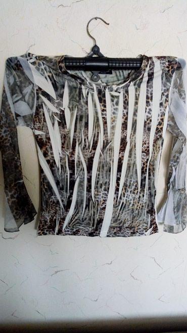 Nova bodi bluza sa elastinom..dim. oko grudi..98..duzina 55cm.. - Kraljevo
