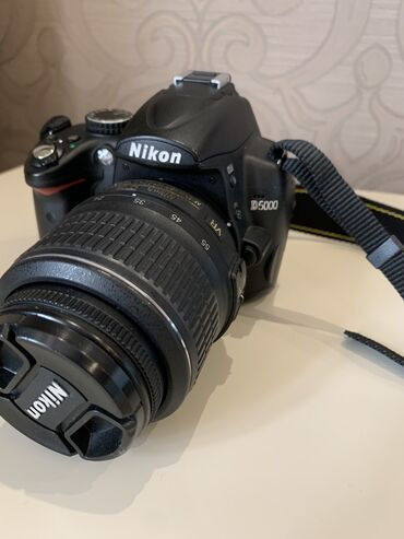 Фото и видеокамеры в Азербайджан: Fotoaparat. Cantasi hediyye