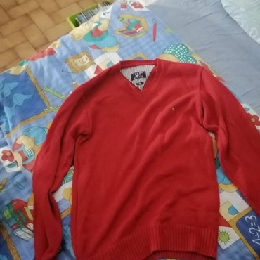 Tommy Hilfiger Red Sweater Medium sized. Not much worn