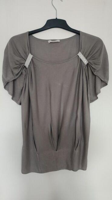 Ženska odeća   Nis: Guess majica, bez ikakvih oštećenja. Veličina L