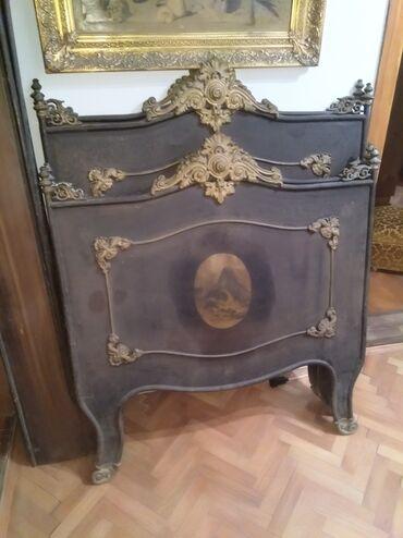 Prodajem dva starinska metalna kreveta u kompletuočuvani1000€