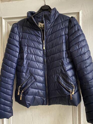 Курточка деми размер 48 почти новая