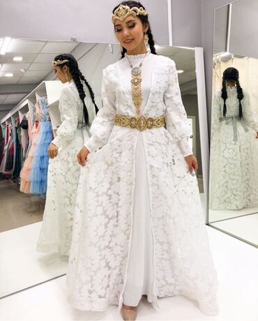 Платья на кыз узатуу Платье на прокат 4500 сом на 3 дня Наш адрес