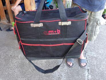 Sport i hobi - Velika Plana: Prodajem torbu za nosenje alata bilo koje vrste sa mnostvo pregrada