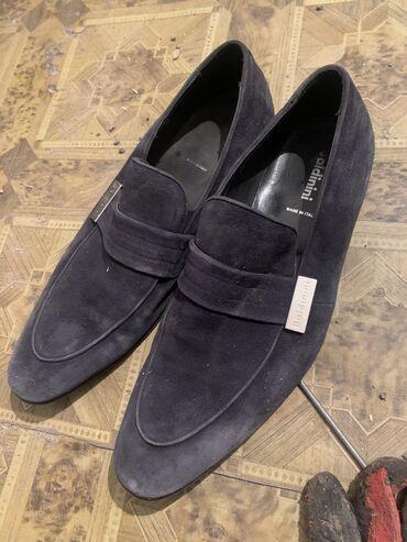 Продаю туфли жакшы фирмаш 42 размер сос идеальный
