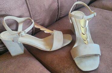 Ženska obuća   Vrbas: Sandale krem bojeNošene su, ali očuvane, nemaju oštećenja, boja kože