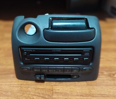 cd privod dlja pk в Кыргызстан: Продается штатная магнитола CD, AUX, Косета Toyota: YarisVitz 2003