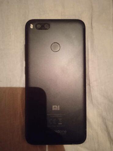 Б/у Xiaomi Mi A1 64 ГБ Черный