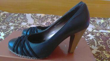 черные-женские-туфли в Кыргызстан: Продаю туфли лодочки (натуральная кожа) турецкой фирмы Glomali. Размер