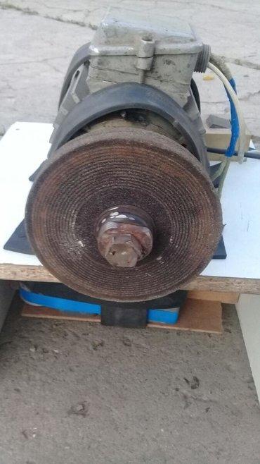 Инструменты в Кок-Ой: Продаю точилны одна фазный станок мотор СССР работает с одной фазы