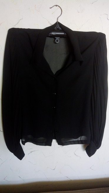 Nova bluza,rukavi plisirani,obim grudi 100,duzina..57cm.. - Kraljevo