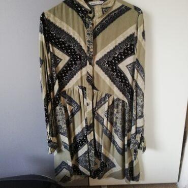Prodajem tuniku haljinu, iz Stradivariusa, M veličina. Nošena par