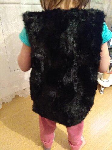 вязаные наволочки на подушки спицами в Кыргызстан: Жилетка новая на 3г отдам за 250с р-н Орто сайский рынок