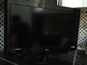 82 ekran Lg tv problemi yoxdu hdmi usb cixislari kreshdeyn yeri var
